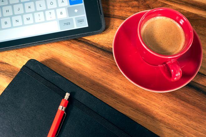 Notizbuch mit Espressotasse